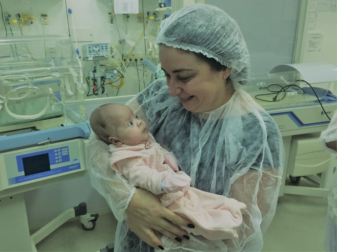Bebês e trauma de nascimento