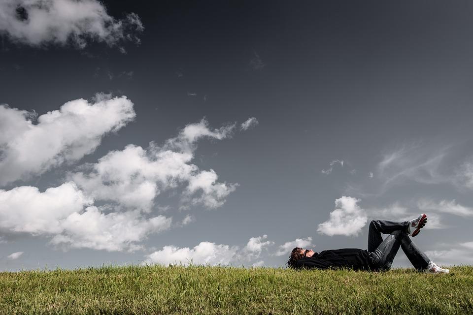 O silêncio dos bons. Por que ficar em silêncio diante da dor de outrem?